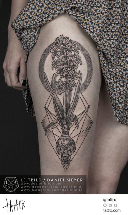 02a1b2cc3b7 Incredible tattoo of a hyacinth