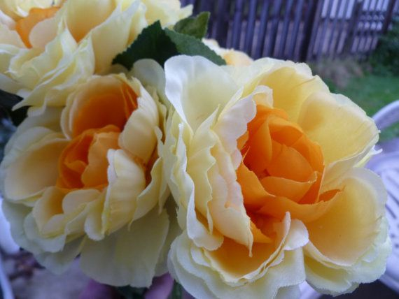 Flower Pen Set of 5 Roses Soft Yellow Orange by GiftCreation, $14.50