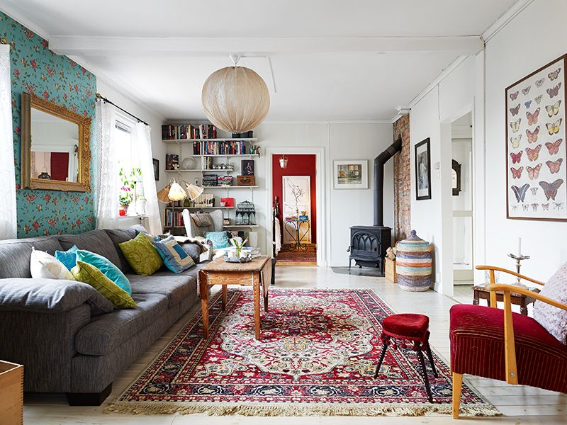 eclectic area rug design for living room | Till salu | Living room decor, Living room decor eclectic ...