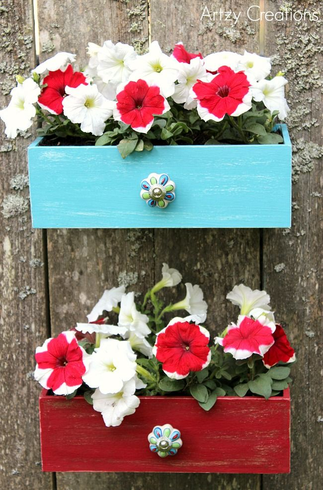Faux Drawer Planters with Chalk Paint by 13Artzy Creations garden - como hacer una jardinera