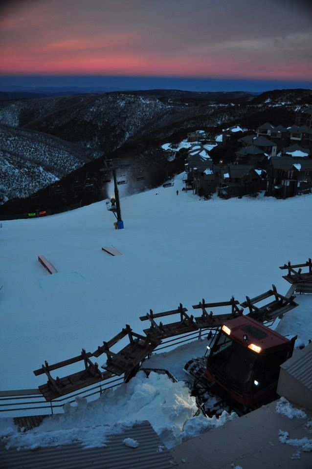 Pretty pink sky. Dusk sunset in the snow at Hotham snow resort in Victoria, Australia #snowaus
