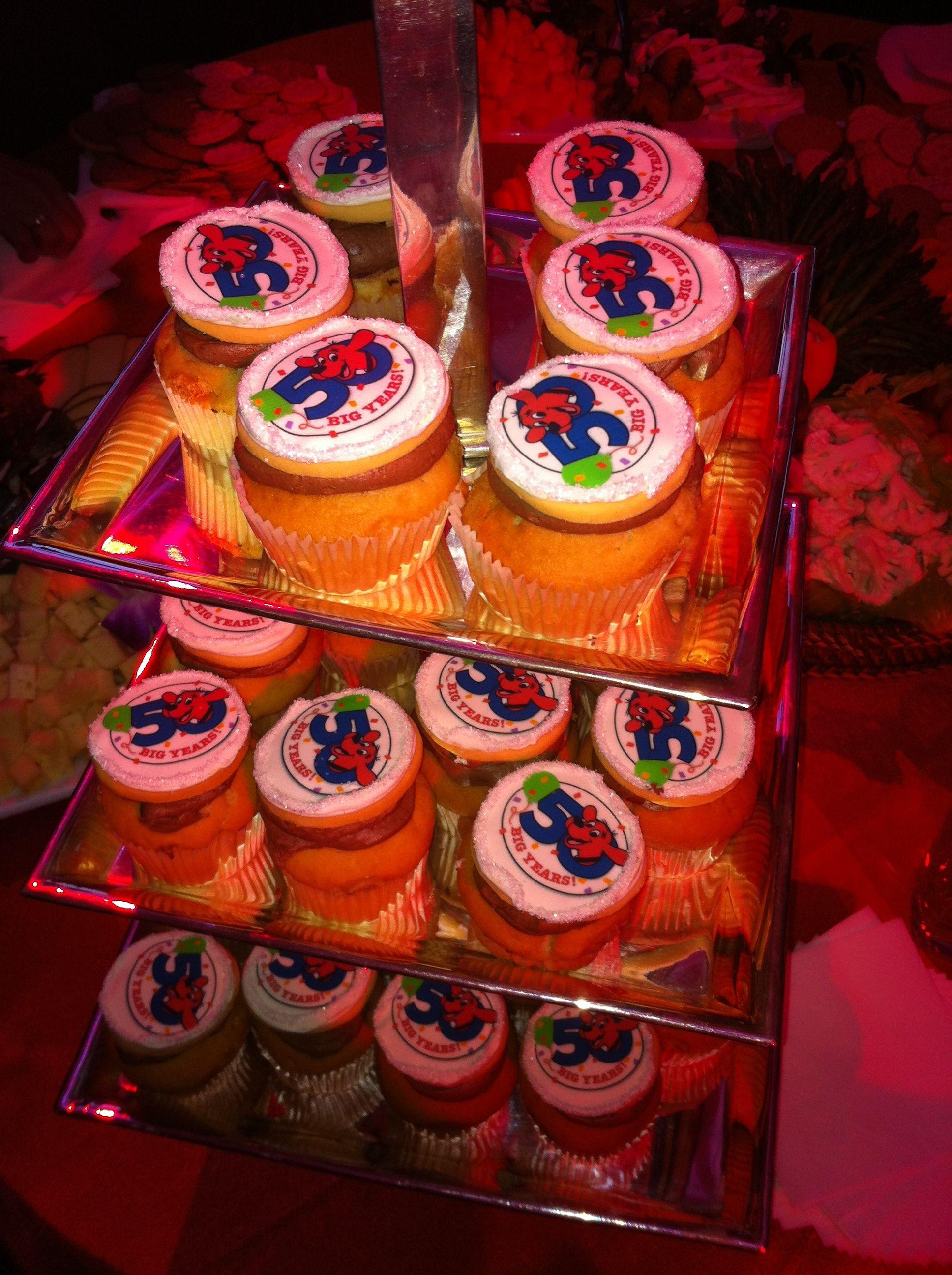 Clifford Cupcakes