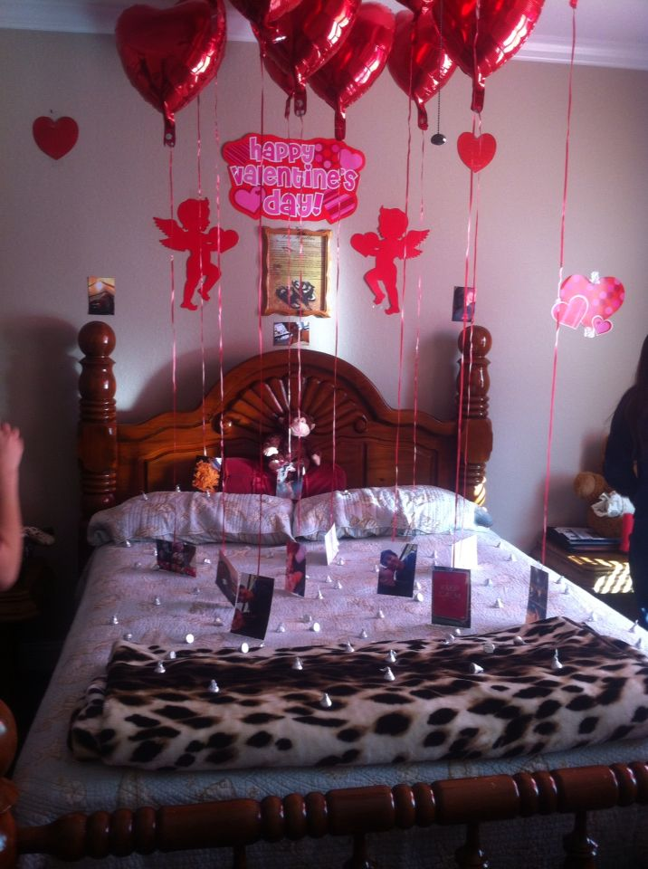 This is what I did for my boyfriend in his room! Valentine