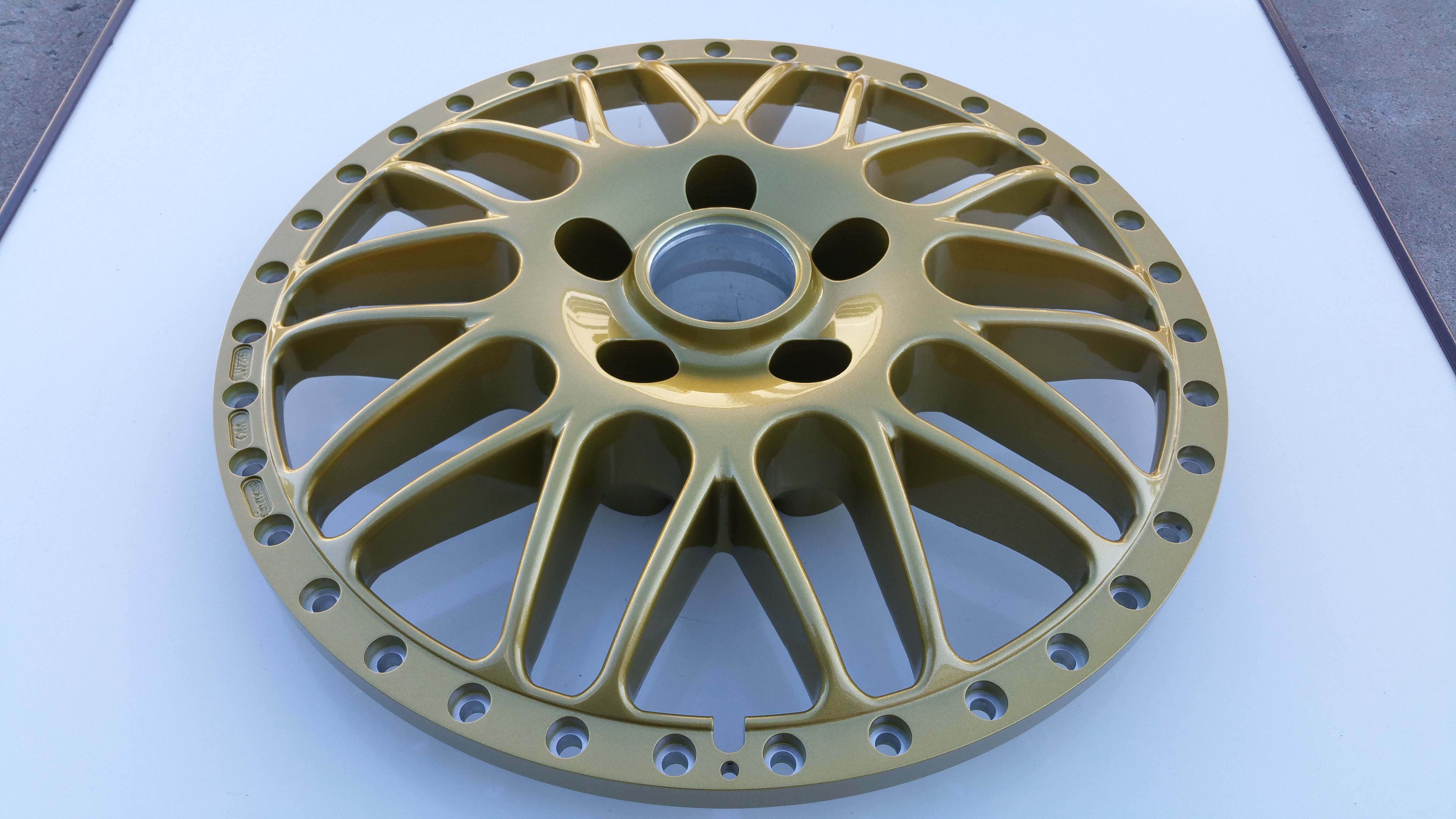 Simmons Wheels OM-18 painted in Simmons Gold  This was