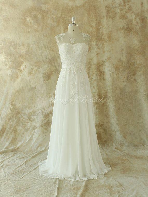 Ivory chiffon lace wedding dress   Das kleid, Elfenbein und Strauße
