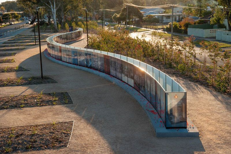 vietnam veterans commemorative service wall seymour australia sinatra murphy aql landscape design - Who Designed The Vietnam Wall