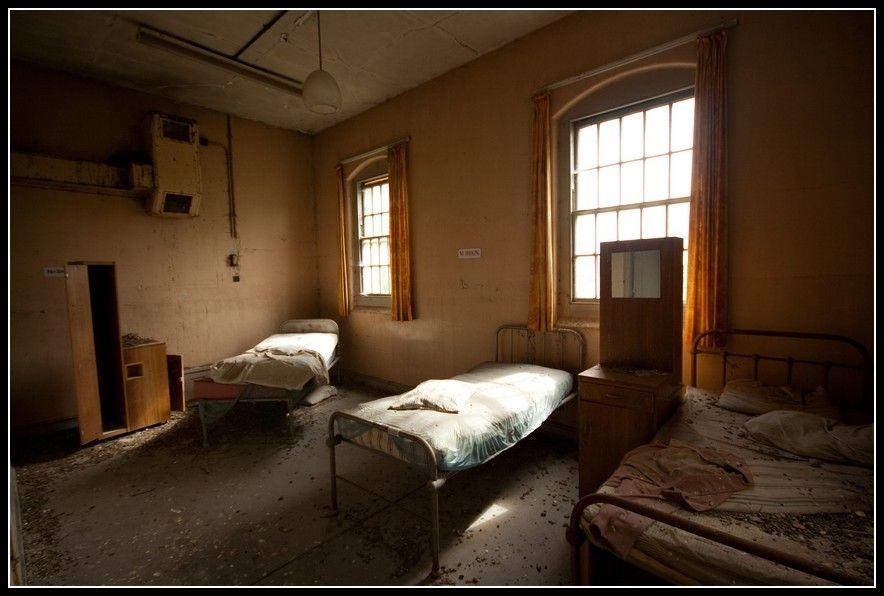 Cane Hill Asylum, Coulsdon - June/July 2008