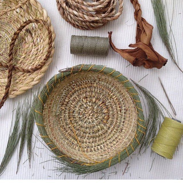Baskets From Foraged Materials With Images Basket Weaving