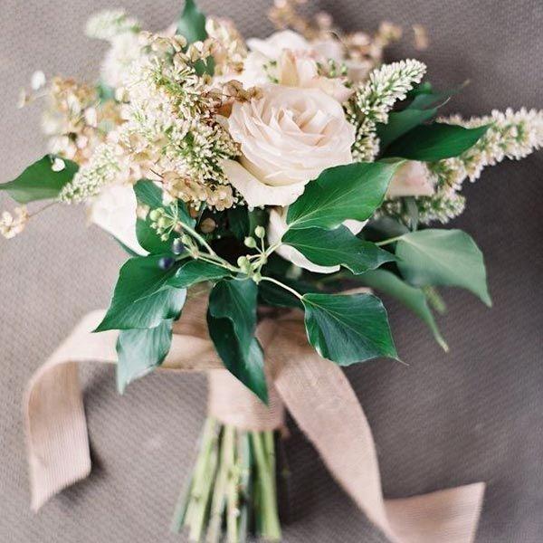 The soft beige colors make this bouquet subtle and romantic.