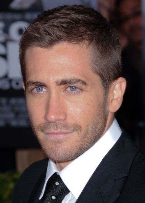 jake gyllenhaal crew cut hairstyle neat and tidycrew cut