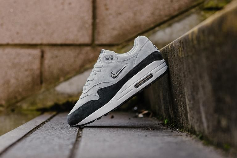 d79d196ba3 Product Name: Nike Air Max 1 Premium SC WMNS AA0512-002 Specifications:  Living up to the premium name, these certainly are a sterling pair of Air  Max.
