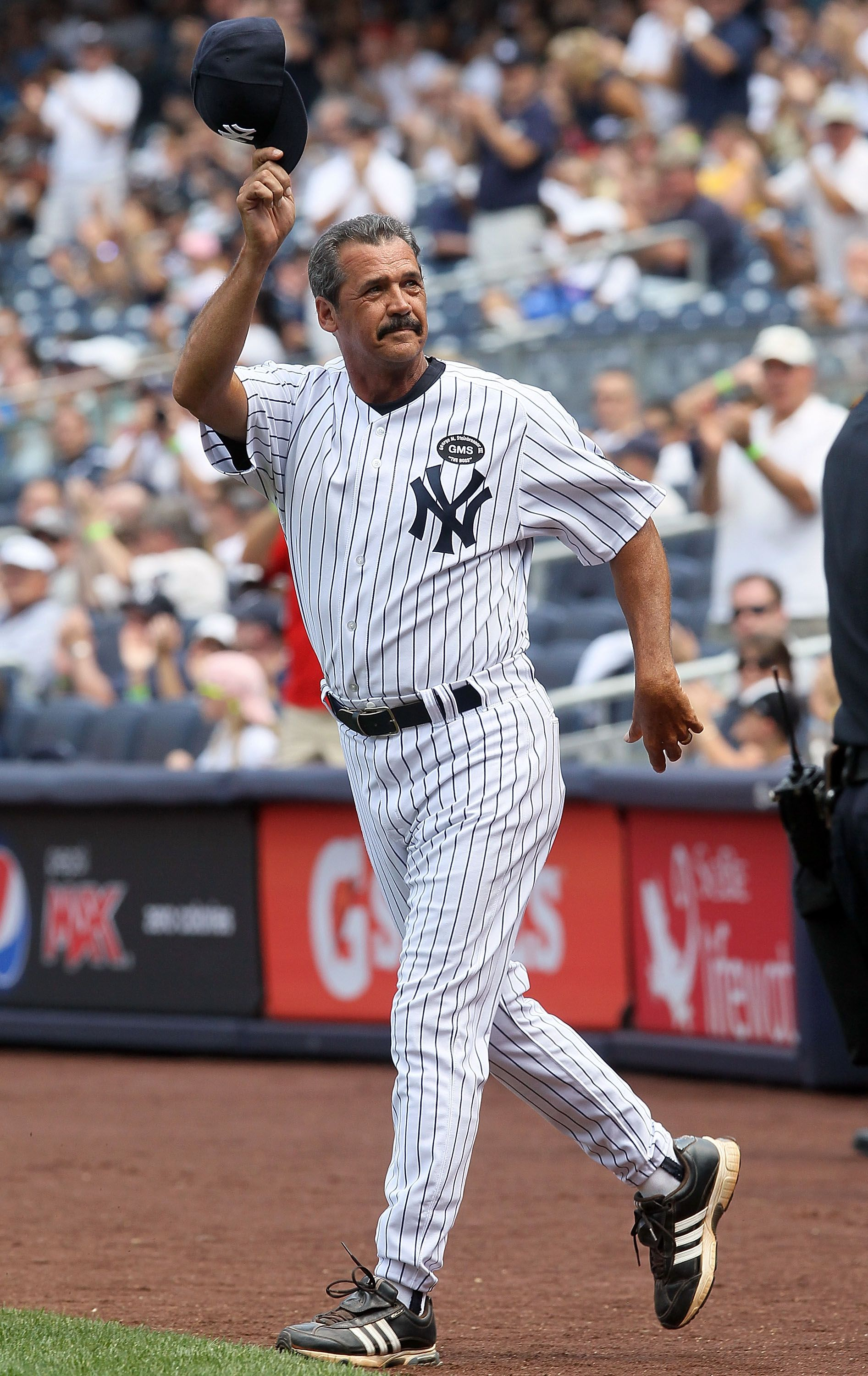 Ranking The Best Local Athletes In History By Jersey Uniform Number 49 40 New York Yankees Baseball New York Yankees Ny Yankees