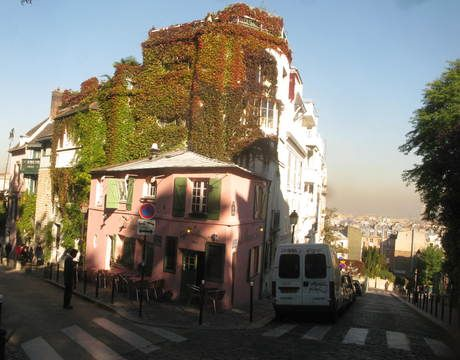 montmartre paris attractions collapse map see photo gallery