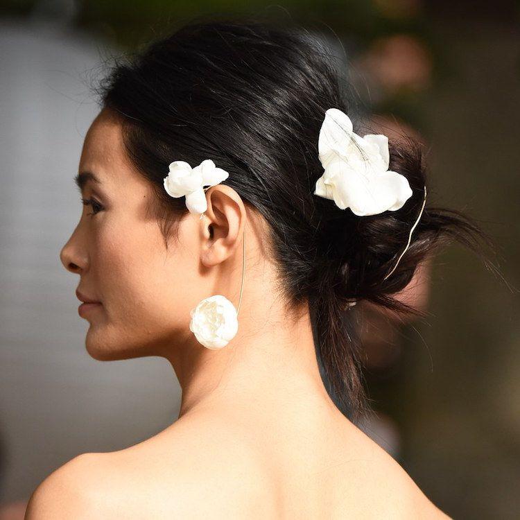 30 idées de coiffure mariage 2018 par les défilés de haute couture nuptiale