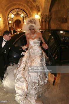 Melania Trump In Her Wedding Dress After Marrying Donald Trump Sr At