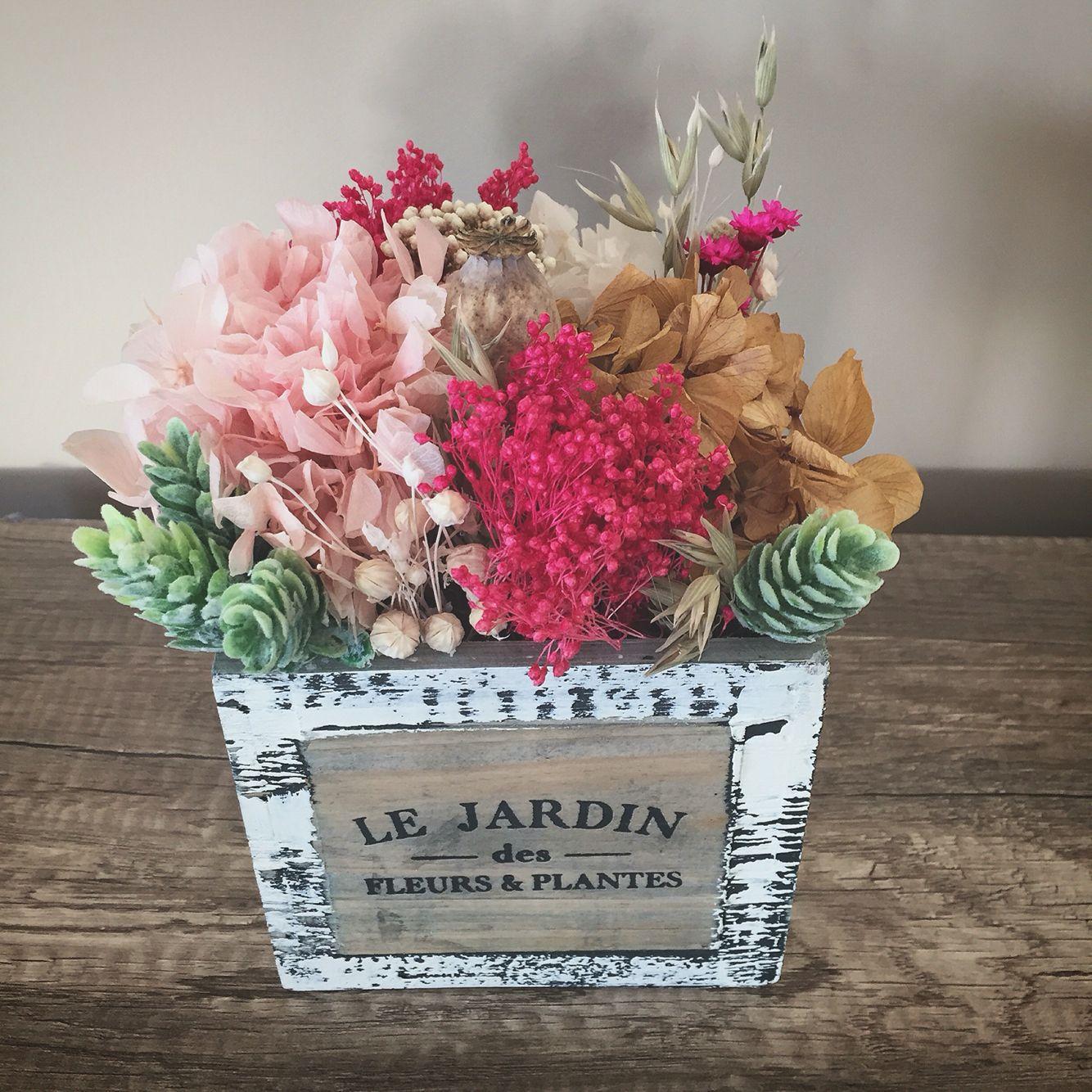 Tocados de novia hechos con flores y decoraci n floral centros de flores preservadas y secas - Plantas secas decoracion ...