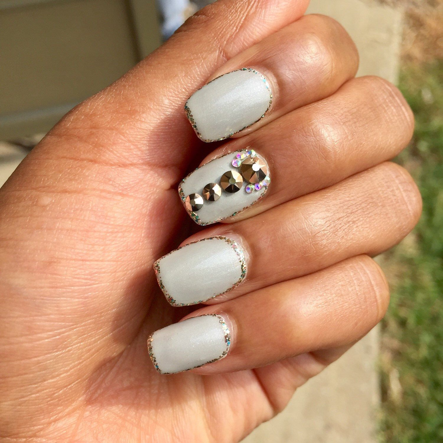 Simple & Sparkly | Press On Nails | Pinterest | Sallys beauty ...