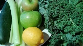 The Fit Girl's Kitchen: Juice It Up: Mean Green Smoothie