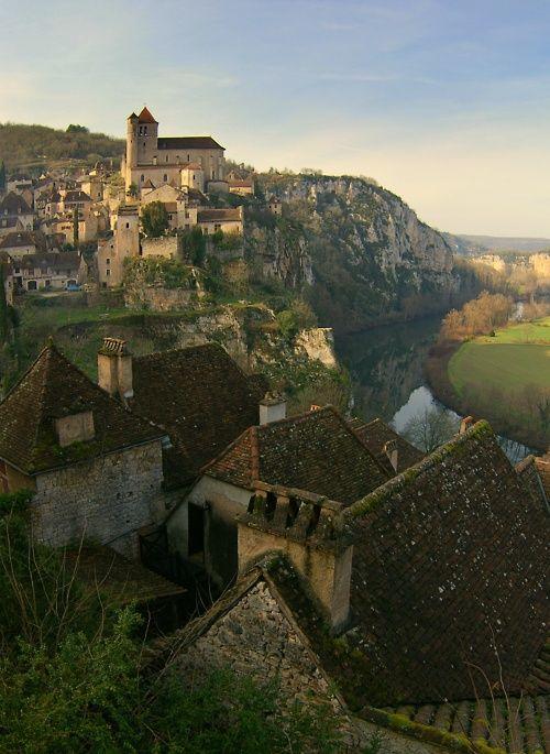 Medieval village of Saint-Cirq-Lapopie, Cahors, France.