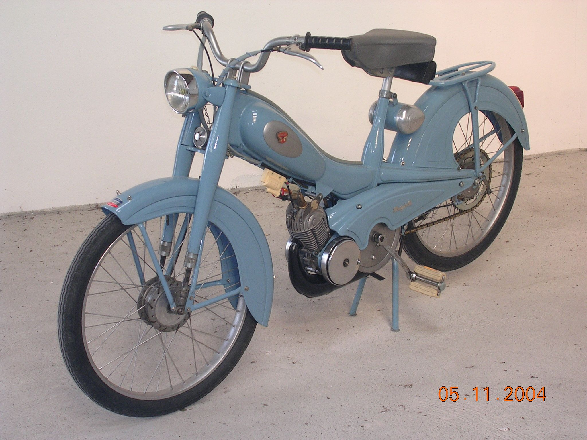 Cyclomoteur Mobylette Av 76 Pantin France Europe Mobylete Kawasaki Wiring Diagrams For 1969 1972 H1 Triples