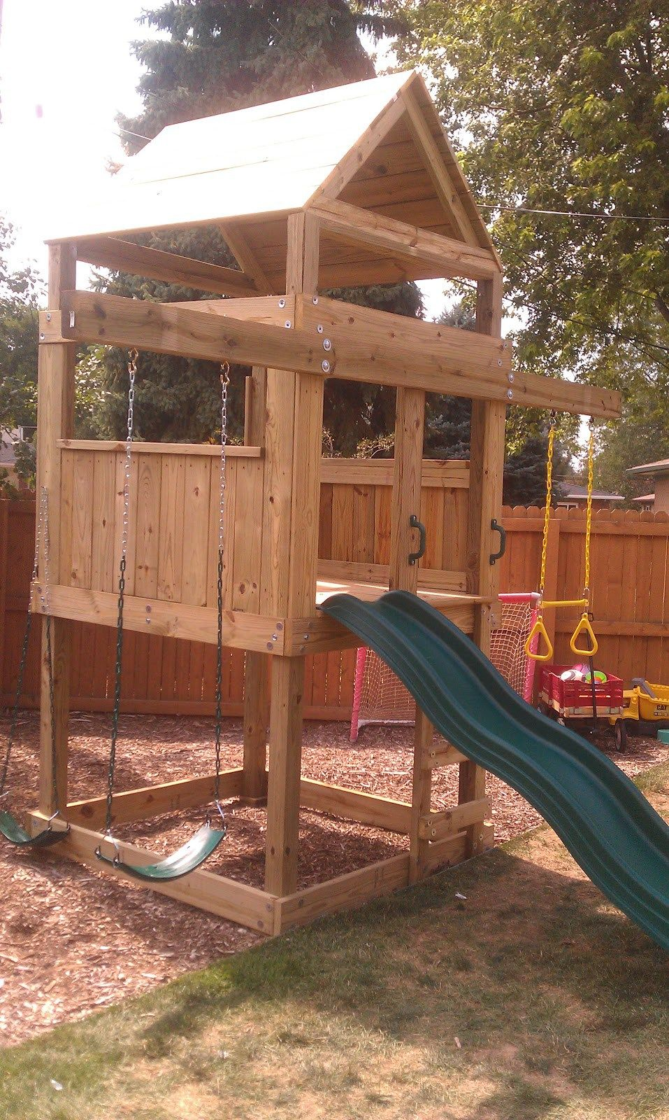 5 X5 Clubhouse With Wooden Roof Ladder Entry Standard