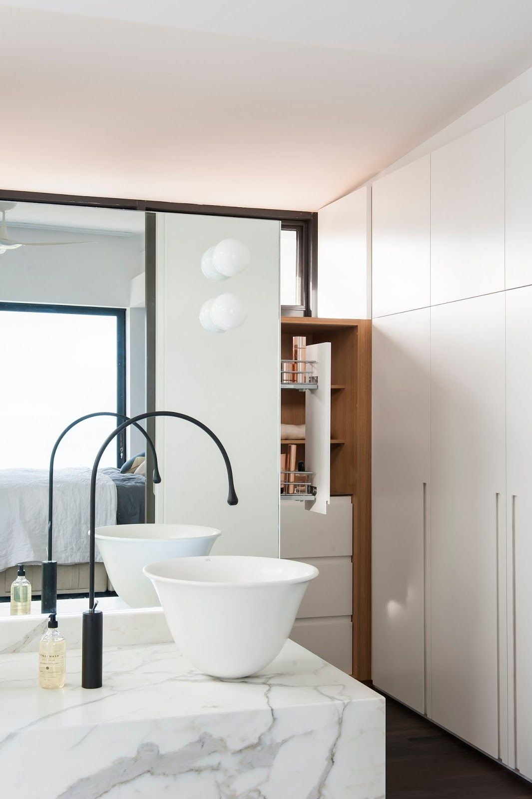 Minosa Design: Melbourne Bathroom Design - A Famous House, View ...