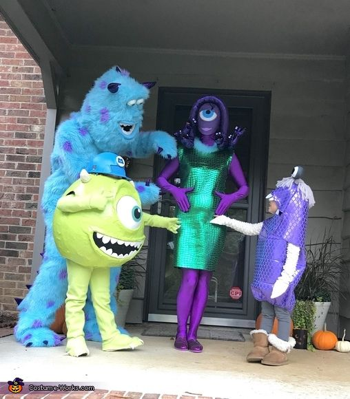 Monsters Inc. - Halloween Costume Contest at Costu
