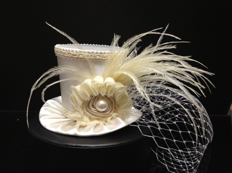 Blanco marfil Mini sombrero de copa para boda por daisyleedesign ... 03312d4bb5c