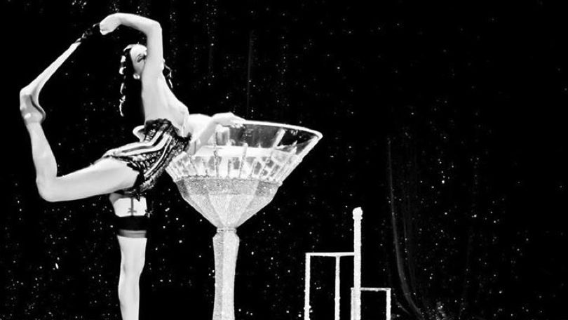 Check out this chance to win 2 tickets to each Dita Von Teese show at HOB Chicago on 9/11, 9/12 and 9/13 plus $50 Karma Kash!