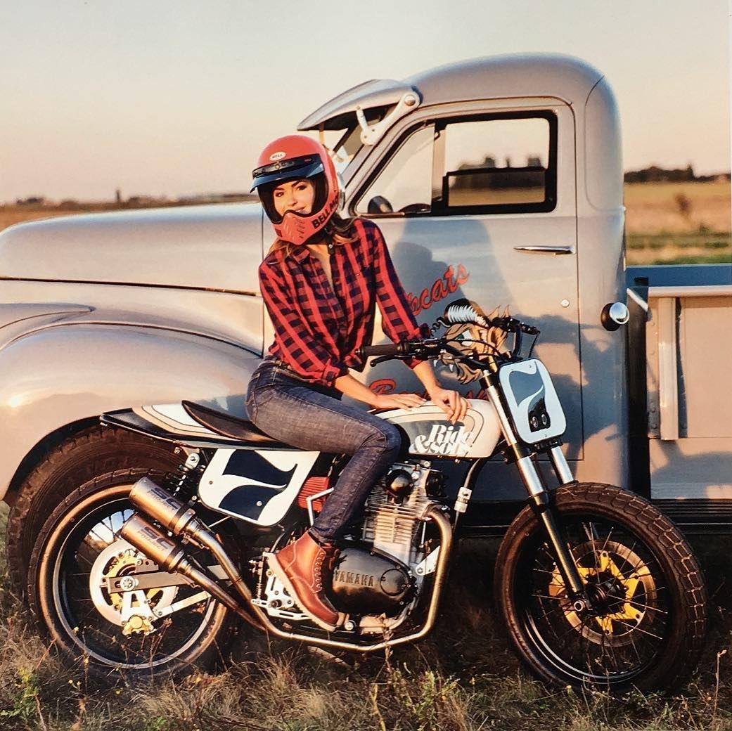 tenue de moto pour femme