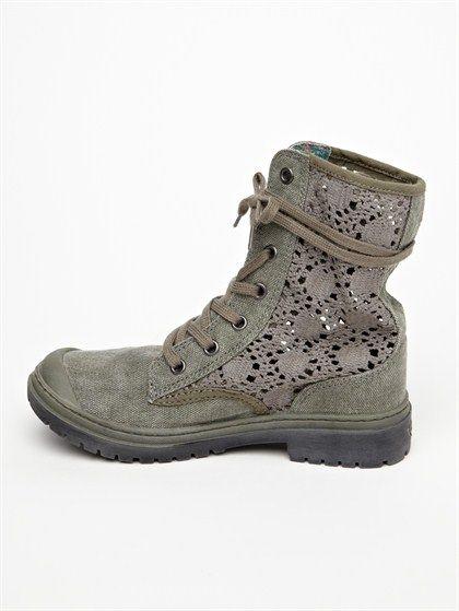 Roxy Needham... I need 'em ;)