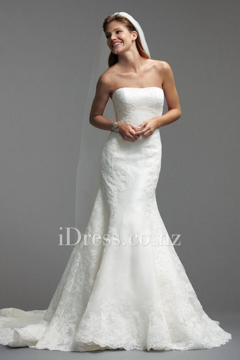 classic strapless fit and flare lace bridal gown with cathedral train from idress.co.nz