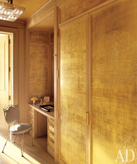Gold Leaf Walls By Artist Nancy Lorenz In A Dressing Room Designed Michael S