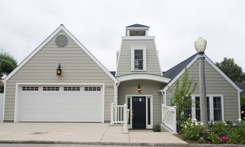 High Ceilings And A Great Room In A Magnificent Cape Cod Style Home Cococozy Exterior House Colors Modern Barn House Exterior Gray Paint