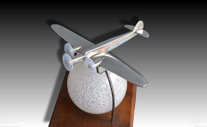 1930.fr Art deo Lamp with plane - Lighting - Art deco sculptures bronze clocks vases