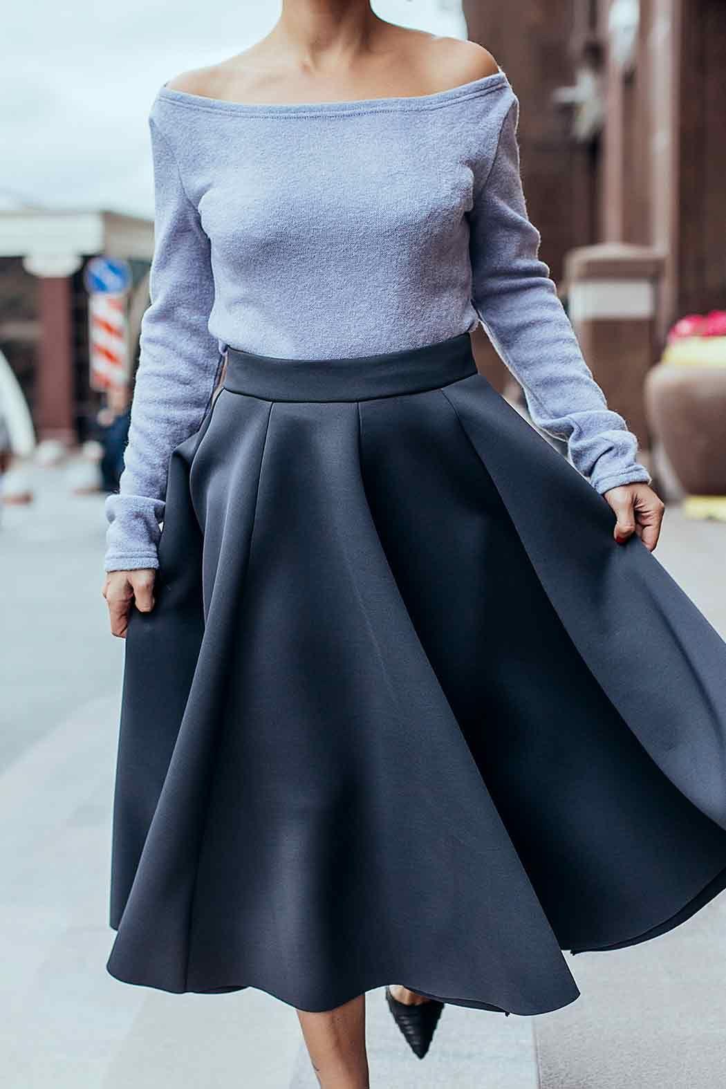 С чем носить юбку из неопрена? (с изображениями) | Наряды ...