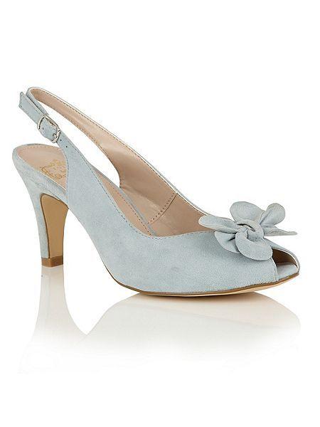 Hallmark Eulalia peep toe courts