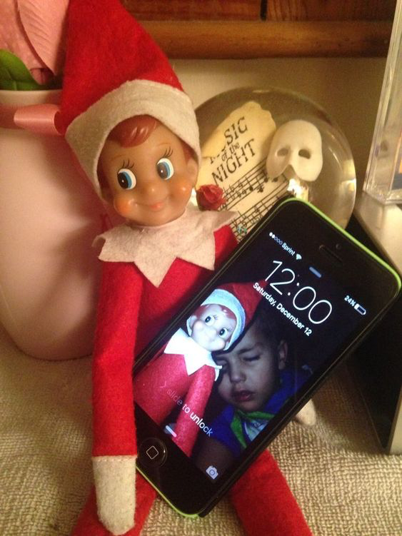 How to Send Your Elf on the Shelf Off in Style on Christmas Eve