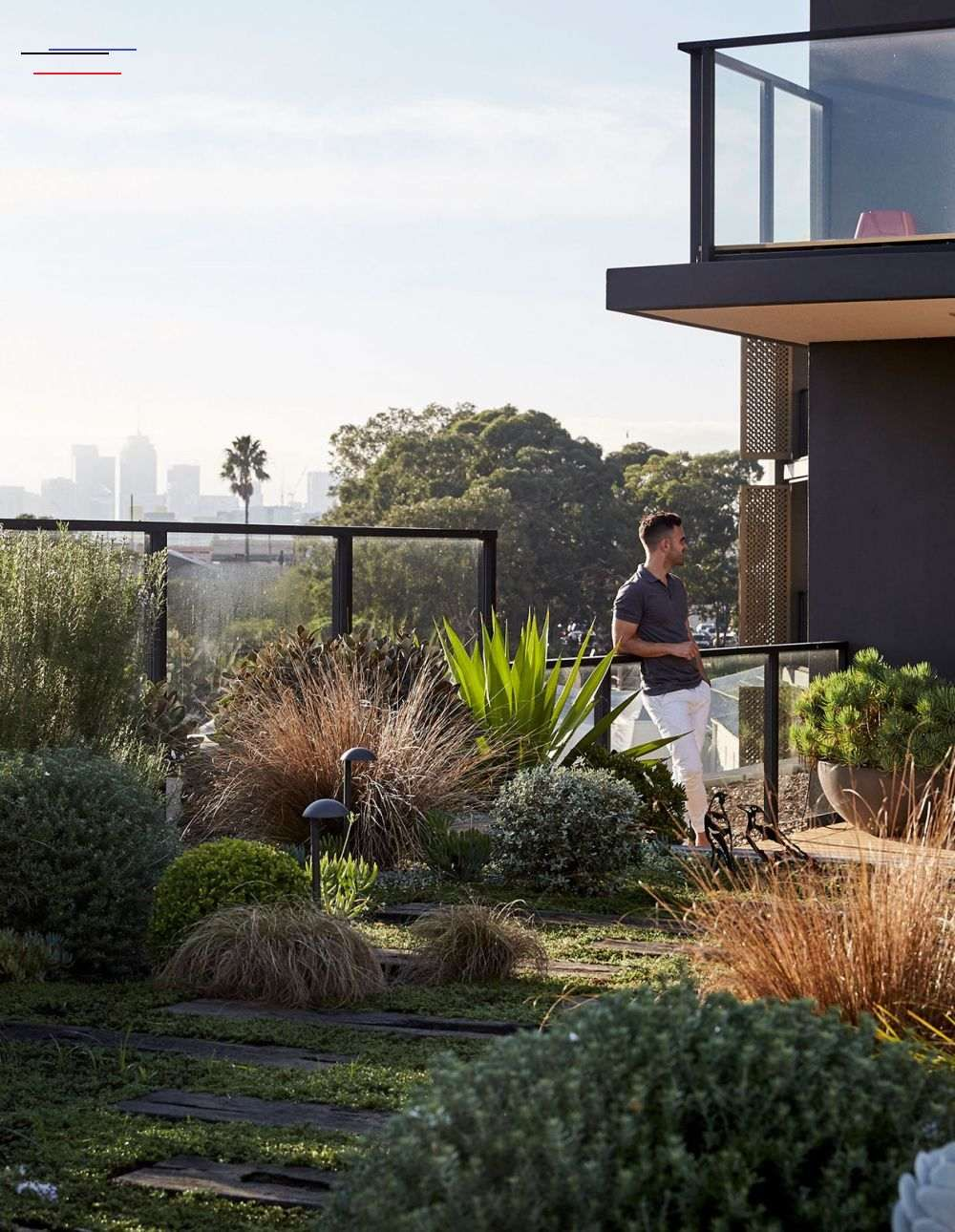 A Robust Rooftop Garden In Rozelle Terracegardendesign Klaus And Anne Schindhelm Share Their Expansive Apa Dachgarten Landschaftsdesign Gartendesign Ideen