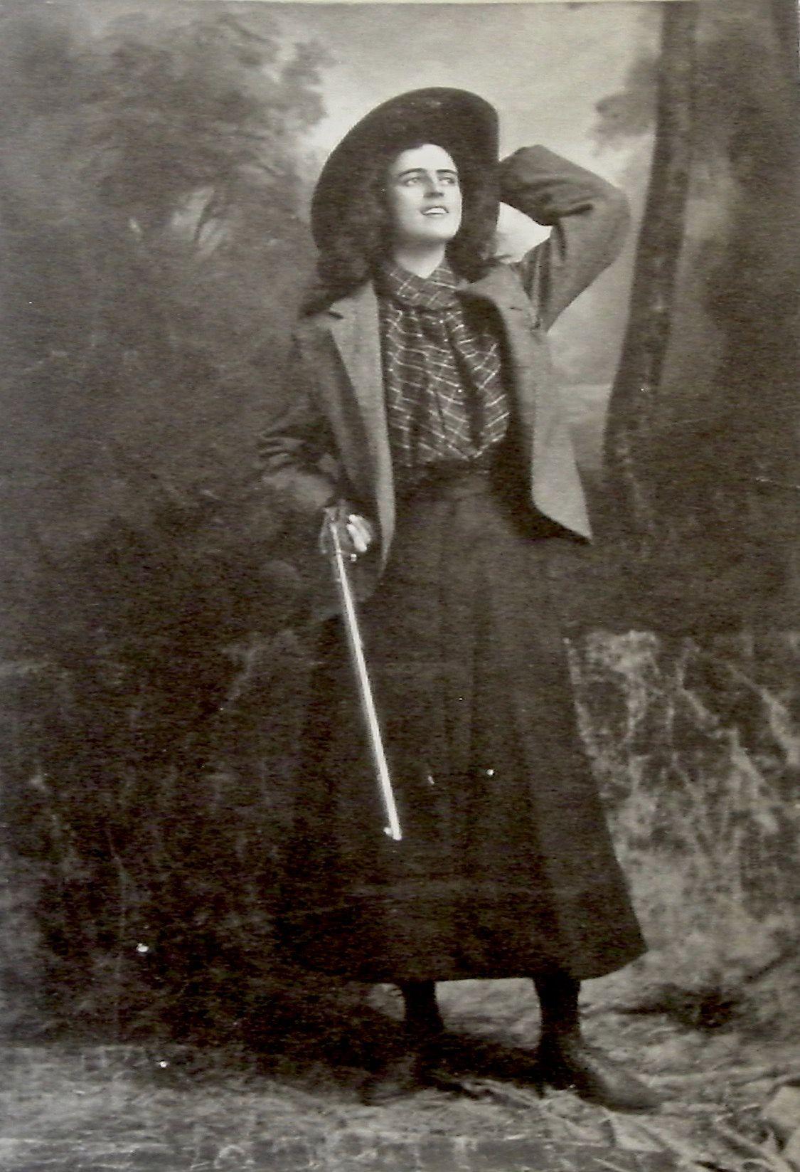 Renie Riano