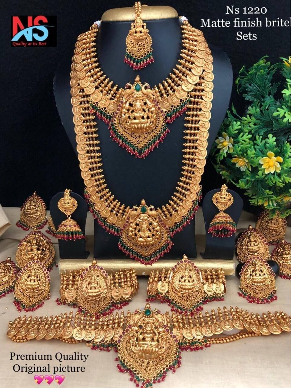 Bridal Jewellery For Rent : bridal, jewellery, Jewelleries, Indian, Bridal, Jewelry, Sets,, Brides