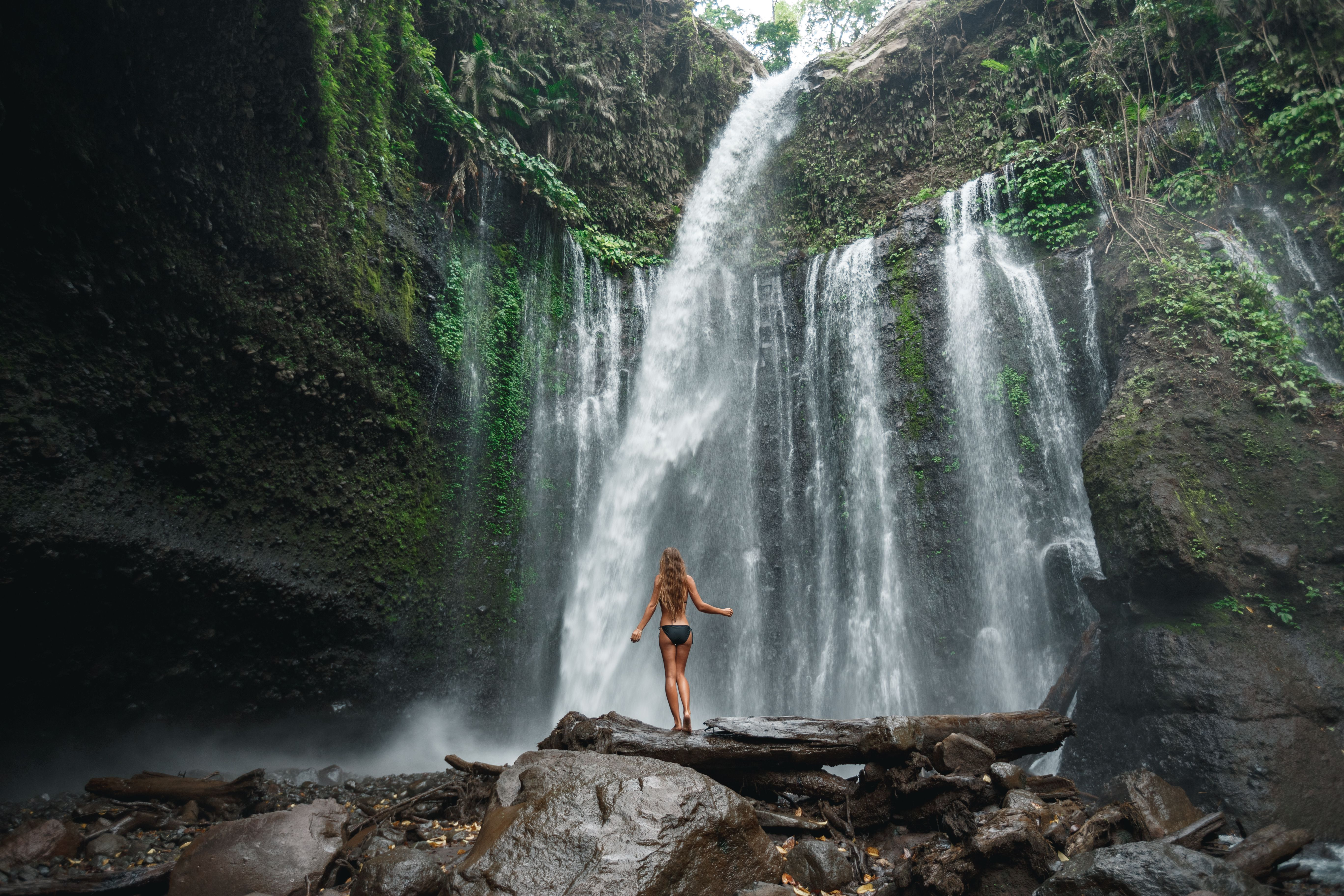 Don T Go Chasing Waterfalls Anywhere Other Than Lombok Waterfall Lombok Hotel Place