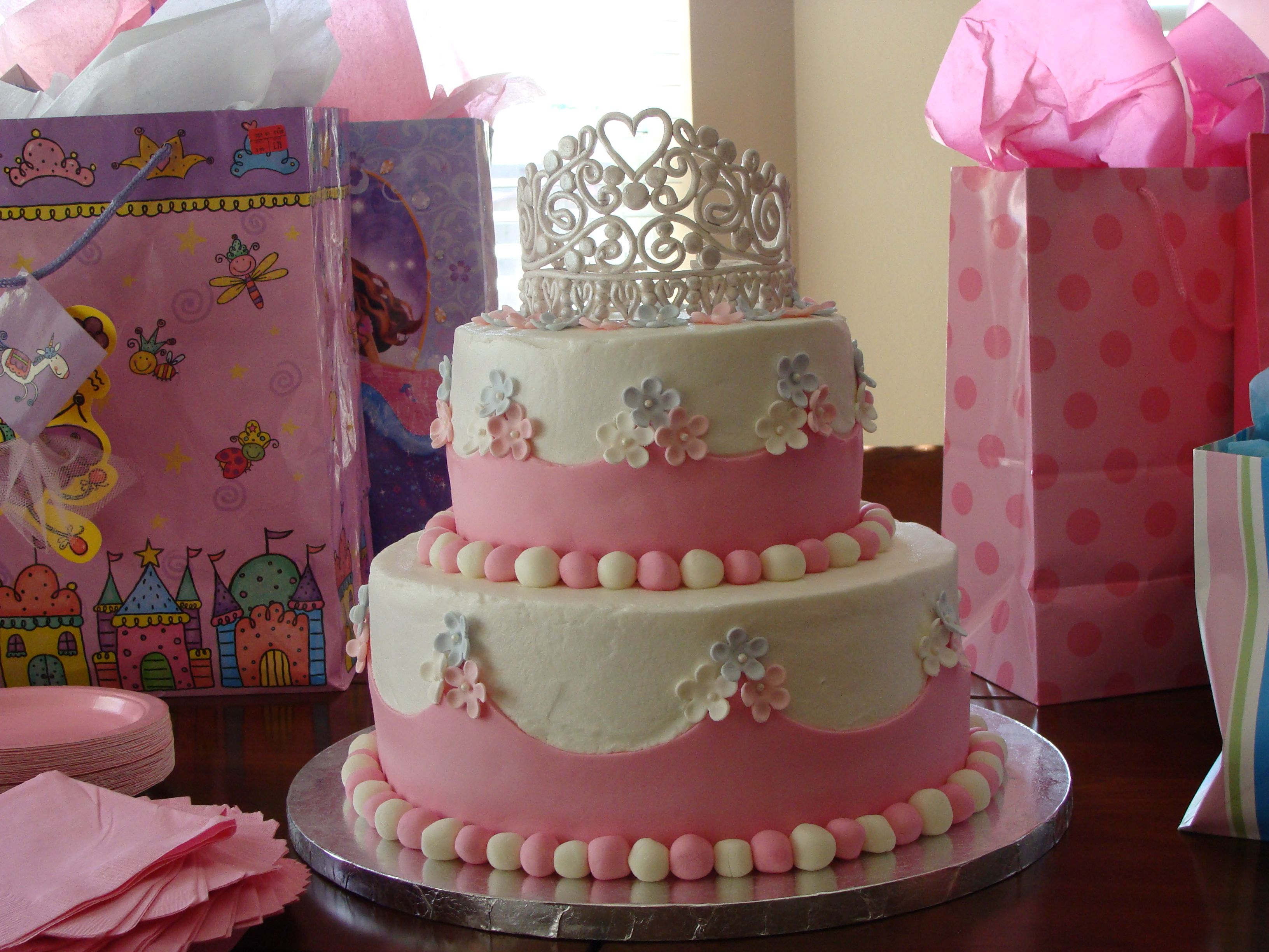 1st Princess Centerpieces 1st Birthday Cake Ideas For Addison