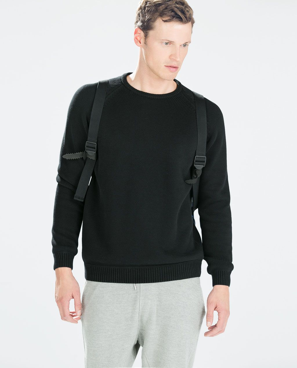 ZARA - MAN - ROUND NECK SWEATER