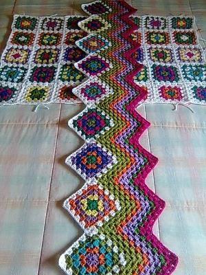 Iniciar una ondulación afgano con un borde cuadrado de la abuelita ...