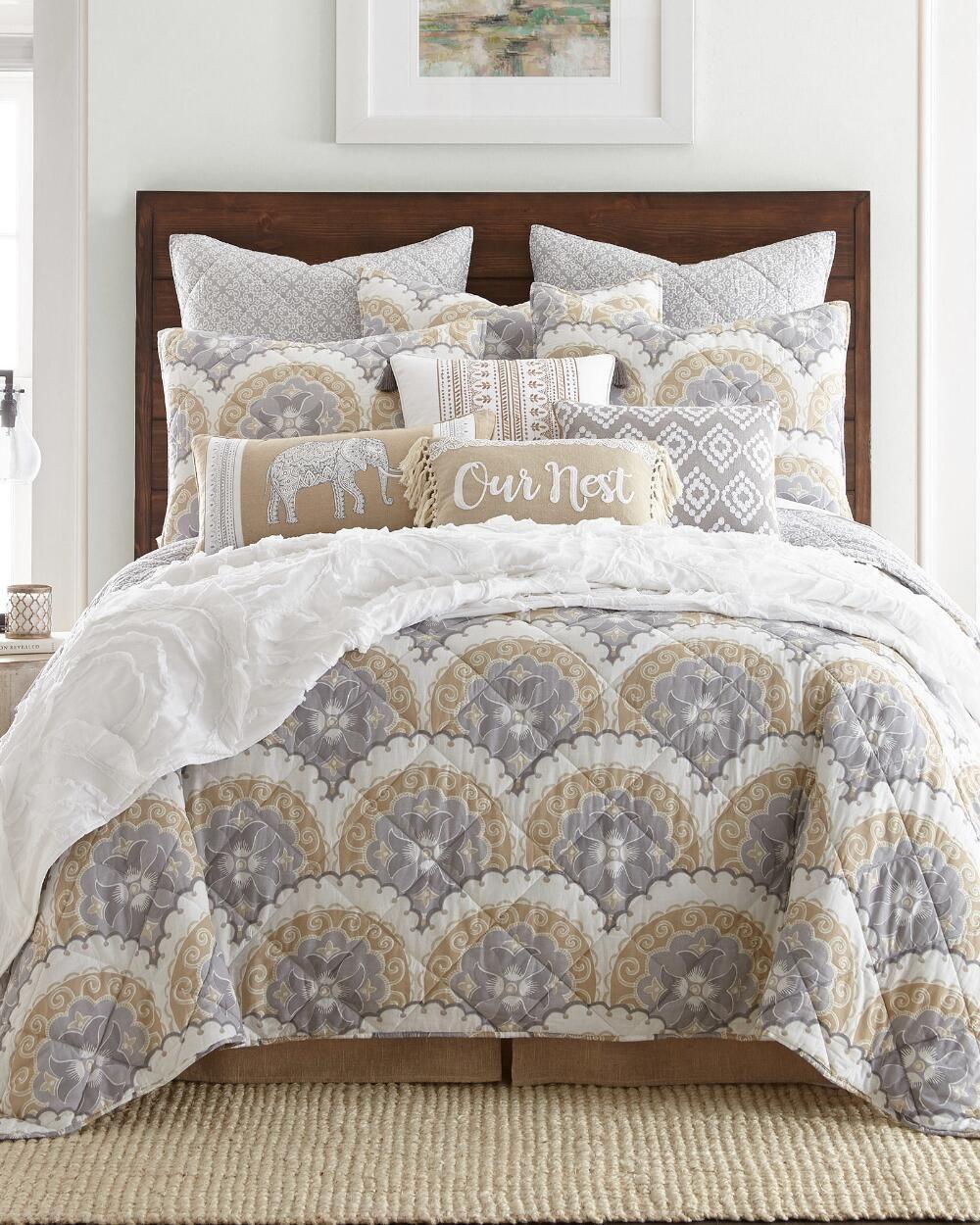Stein mart bathroom accessories - Lucy Scalloped Medallion Quilt Collection Quilts Bedding Bed Bath Stein Mart