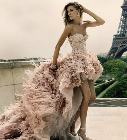 If I was rich and could get married in Paris I want this dress but in white!!