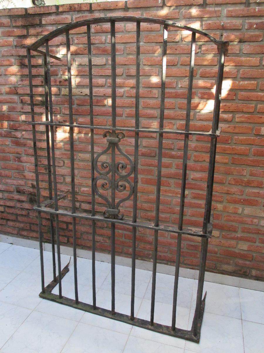 Reja antigua colonial hierro forjado siglo xix for Puertas y ventanas de hierro antiguas
