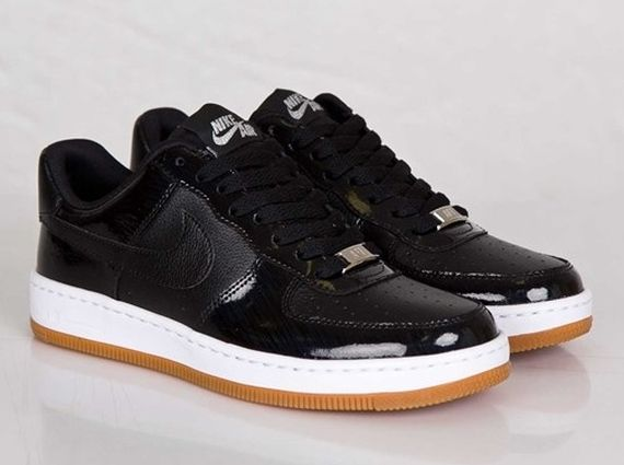nike air force 1 low - mens black and white wingtip