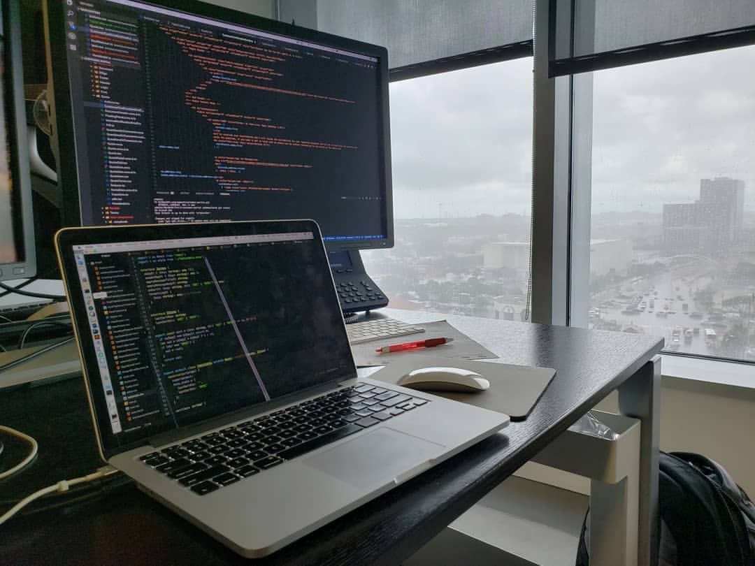 iphone mobile desktop deskspace workspace Software